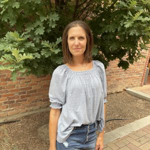 Grey Casual Top for Summer | Ivy Rose Longmont